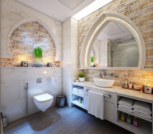 interior-designer-bathroom-mirror