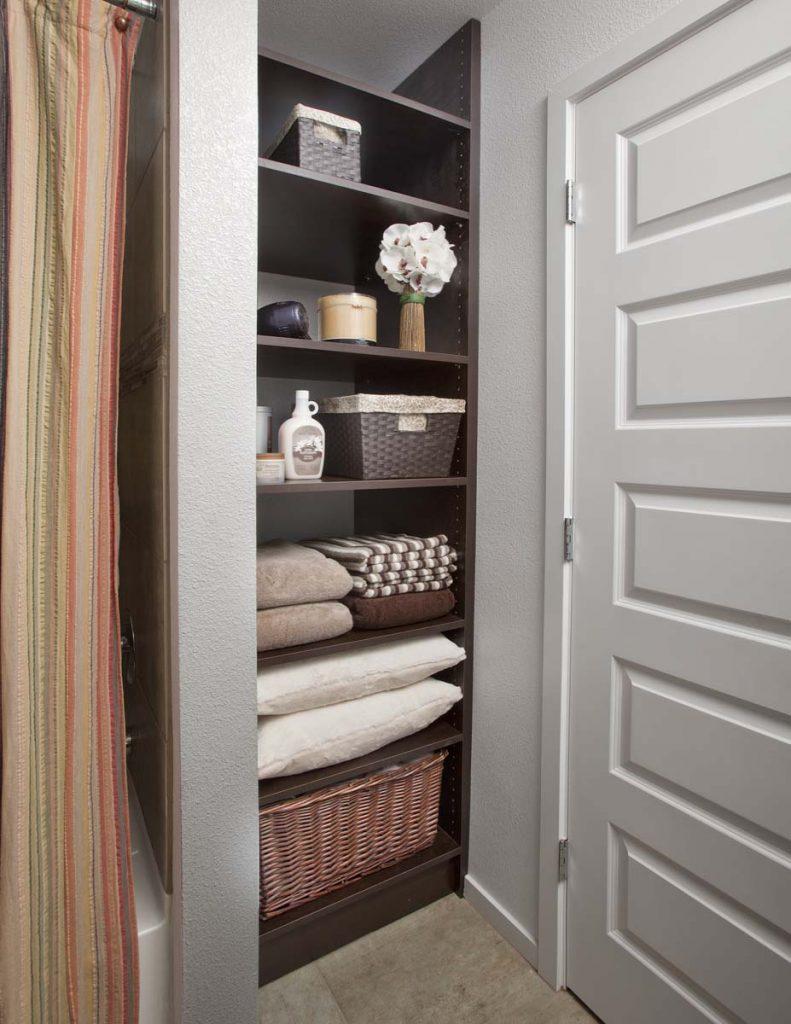 Linen Shelves